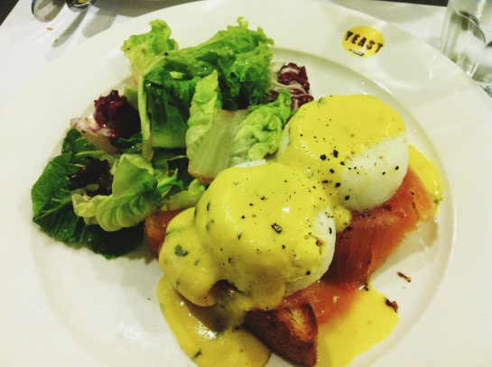 Eggs Benedict, Yeast