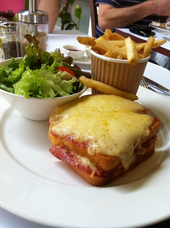 Croque Monsieur, Yeast
